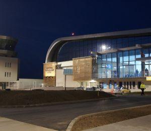 """Aeroportul """"Ștefan cel Mare – Suceava"""" va avea un program de funcționare permanent"""